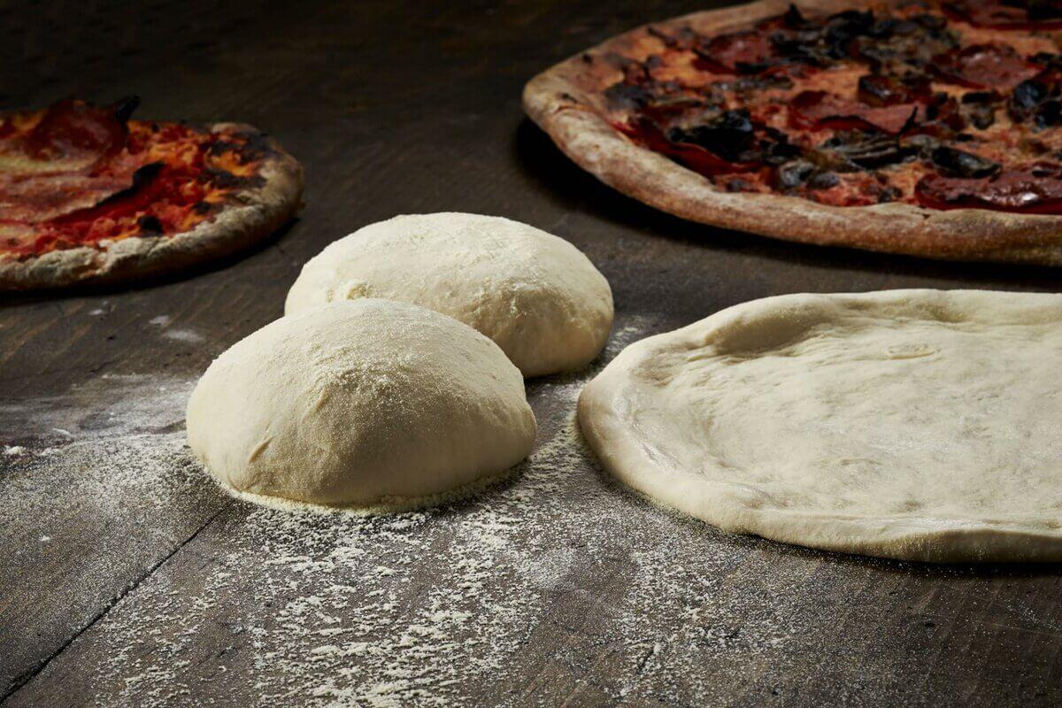 Рецепт приготовления тонкого теста для пиццы